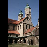 Naumburg, Dom, Ostquerhaus mit Türmen