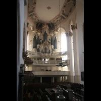 Naumburg, Stadtkirche St. Wenzel, Innenraum / Hauptschiff in Richtung Orgel