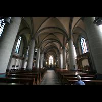 Essen, Dom, Innenraum / Hauptschiff in Richtung Chor