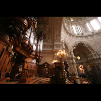 Berlin (Mitte), Dom, Tauf- und Traukapelle, Blick von der großen Orgel zum Chor