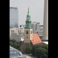 Berlin (Mitte), St. Marienkirche, Kirche von der Kuppel des Doms aus
