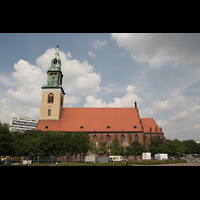Berlin (Mitte), St. Marienkirche, Seitenansicht