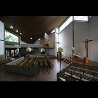 Berlin-Reinickendorf, Kirche am Seggeluchbecken, Gesamtansicht Innenraum