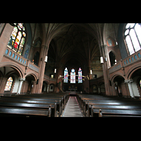 Berlin (Schöneberg), Apostel-Paulus-Kirche, Innenraum / Hauptschiff in Richtung Chor