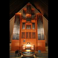 Berlin (Zehlendorf), Jesus-Christus-Kirche Dahlem, Orgelprospekt und Spieltisch