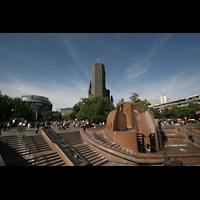 Berlin (Charlottenburg), Kaiser-Wilhelm-Gedächtnis-Kirche, Breitscheidplatz mit Wasserklops