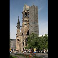 Berlin (Charlottenburg), Kaiser-Wilhelm-Gedächtnis-Kirche, Ansicht vom Kudamm aus