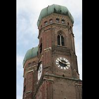München, Liebfrauendom (Hauptorgelanlage), Turmhelme