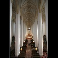 München, Liebfrauendom (Hauptorgelanlage), Blick von der Orgelempore ins Hauptschiff