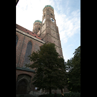 München, Liebfrauendom (Hauptorgelanlage), Seitenansicht