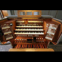 München, St. Markus (Ott-Orgel), Spieltisch der Hauptorgel