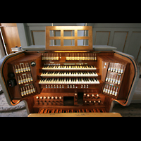 München, St. Markus (Ott-Orgel), Spieltisch der Steinmeyer-Orgel