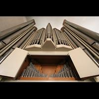 München, St. Markus (Ott-Orgel), Blick vom Spieltisch nach oben