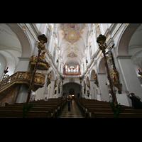München, Alt St. Peter (Hauptorgel), Blick vom Chor zur Orgel