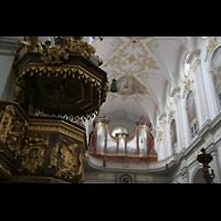 München, Alt St. Peter (Hauptorgel), Orgel mit Kanzel