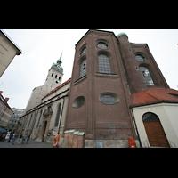 München, Alt St. Peter (Hauptorgel), Ansicht vom Chor aus