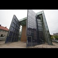 München, Herz-Jesu-Kirche, Frontansicht