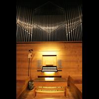 München, Herz-Jesu-Kirche, Orgel mit Spieltisch