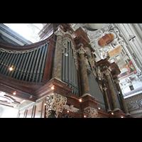 Salzburg, Dom (Hauptorgel), Prospektdetail der großen Orgel