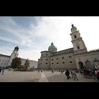 Salzburg, Dom (Hauptorgel), Residenzplatz mit neuer Residenz