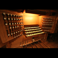 Linz, Maria-Empfängnis-Dom (Hauptorgel), Spieltisch der großen Orgel