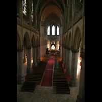 Linz, Maria-Empfängnis-Dom (Hauptorgel), Blick von der Orgelempore ins Hauptschiff