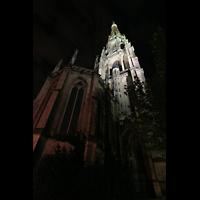 Linz, Maria-Empfängnis-Dom (Hauptorgel), Der neue Dom (Mariendom) bei Nacht