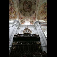 St. Florian (bei Linz), Stiftskirche, Chororgel mit Chorgestühl