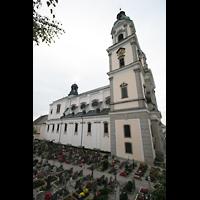St. Florian (bei Linz), Stiftskirche, Friedhof mit Kirche
