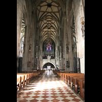 Wien (Vienna), Stephansdom (Orgelanlage), Innenraum / Hauptschiff in Richtung alter Orgel