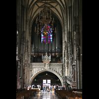 Wien (Vienna), Stephansdom (Orgelanlage), Hauptschiff mit alter Orgel