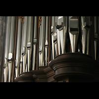 Wien (Vienna), Stephansdom (Orgelanlage), Detail der Querhausorgel