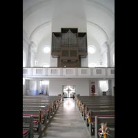 Passau, St. Gertraud, Innenraum in Richtung Orgel