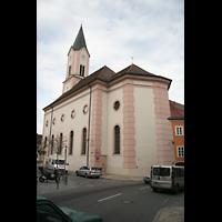 Passau, St. Gertraud, Außenansicht seillich vom Chor