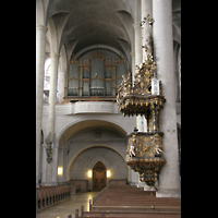 Straubing, Basilika St. Jakob, Orgel und Kanzel