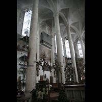 Straubing, Basilika St. Jakob, Chorraum mit Chororgel