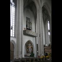 Ingolstadt, Liebfrauenmünster (Truhenorgel), Seitenschiff mit Chororgel