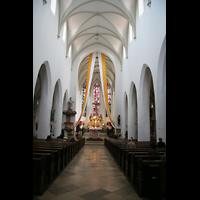 Ingolstadt, St. Moritz, Innenraum / Hauptschiff in Richtung Chor