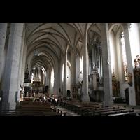 Eichstätt, Dom, Innenraum / Hauptschiff in Richtung Ostchor mit Orgel