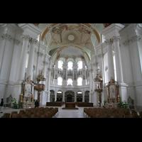 Neresheim, Abteikirche, Innenraum / Hauptschiff in Richtung Orgel