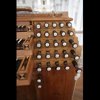 Neresheim, Abteikirche, Rechte Registerstaffel am Spieltisch