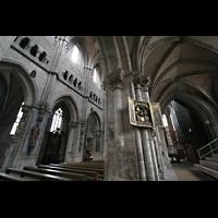 Nürnberg, St. Sebald, Sippenaltar im südlichen Seitenschiff und Blick zur Orgel