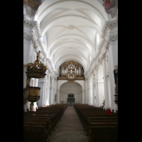 Fulda, Dom St. Salvator (Hochchororgel), Hauptschiff mit Kanzel und Hauptorgel