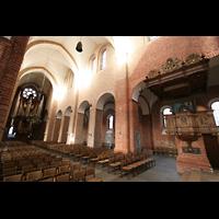 Ratzeburg, Dom (Hauptorgel), Chorraum mit Blick zur Hauptorgel