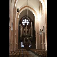 Ratzeburg, Dom (Hauptorgel), Innenraum / Hauptschiff in Richtung Orgel