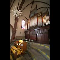 Berlin (Tiergarten), Heilig-Geist-Kirche Moabit, Orgel und Spieltisch