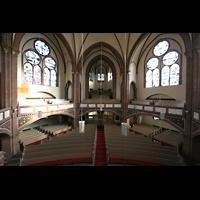 Berlin (Tiergarten), Heilig-Geist-Kirche Moabit, Innenraum von der Orgelempore aus