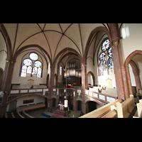 Berlin (Tiergarten), Heilig-Geist-Kirche Moabit, Blick zur Orgel