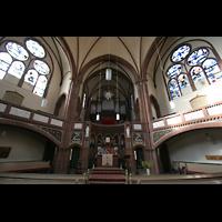 Berlin (Tiergarten), Heilig-Geist-Kirche Moabit, Innenraum mit Orgel