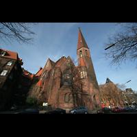 Berlin (Tiergarten), Heilig-Geist-Kirche Moabit, Kirche von außen